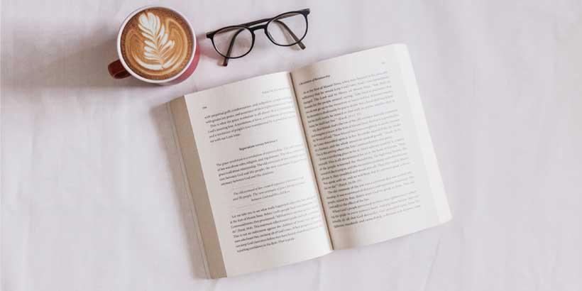 Ein offenes Buch, wie ein Landingpage im Web.